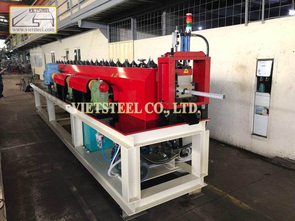 Batten Roll Forming Machine (BT-EH Model) Vietsteel