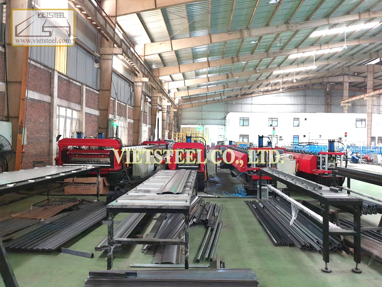 Roll forming line for making Hyundai truck