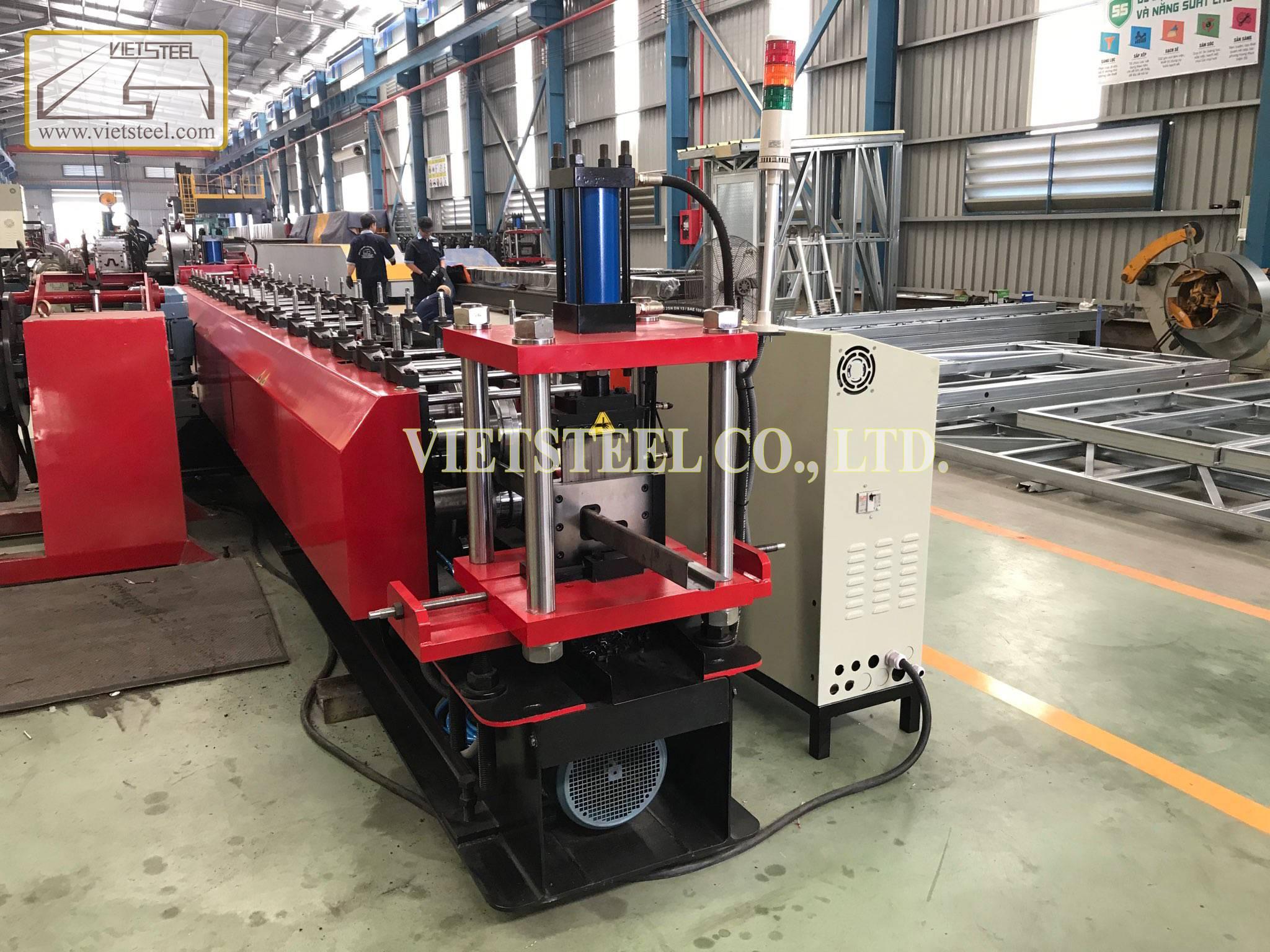 Vietsteel Floorbar roll forming machine (16-20 mpm)